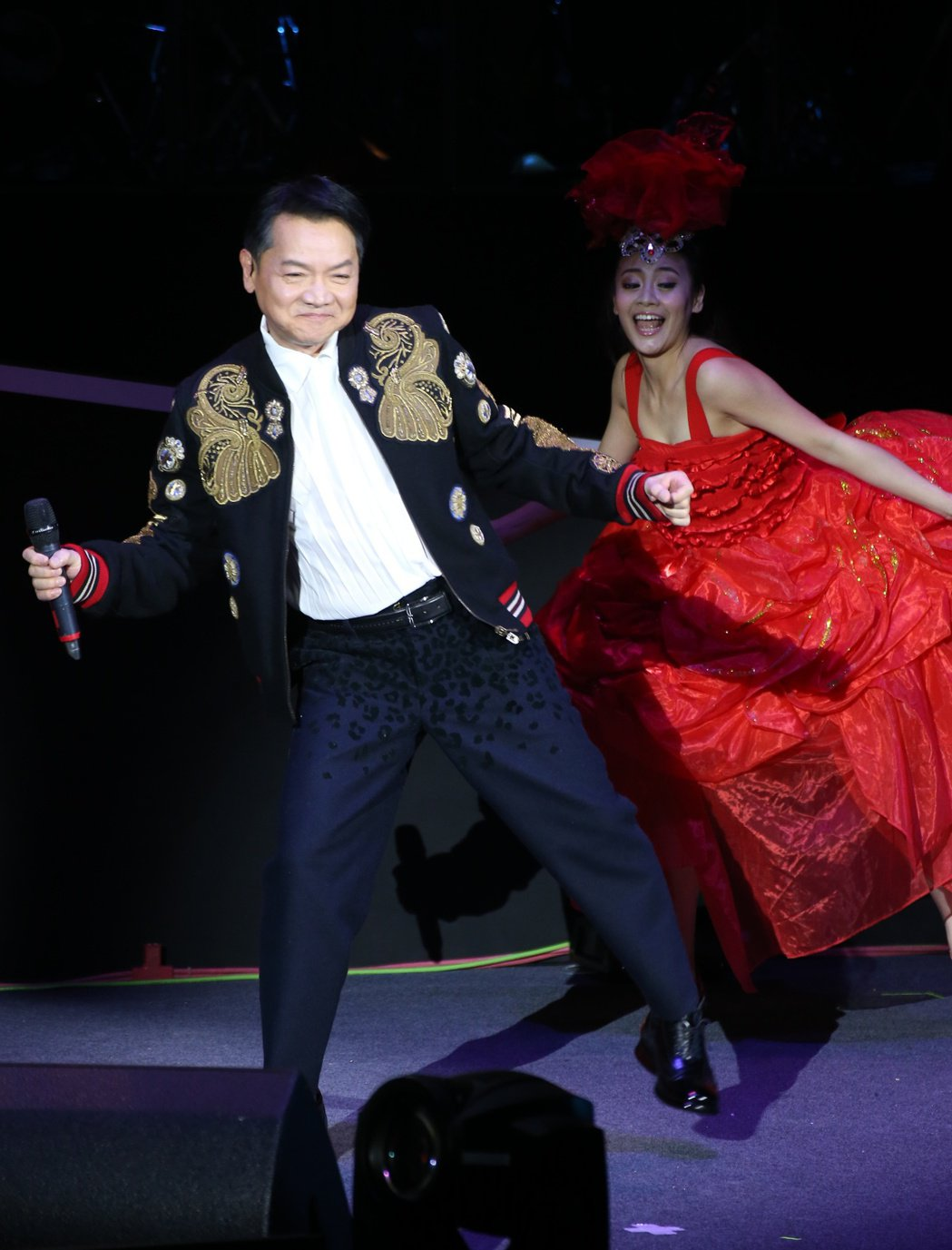 葉啟田於台北國際會議中心舉辦[慕然回首]演唱會。記者陳立凱/攝影