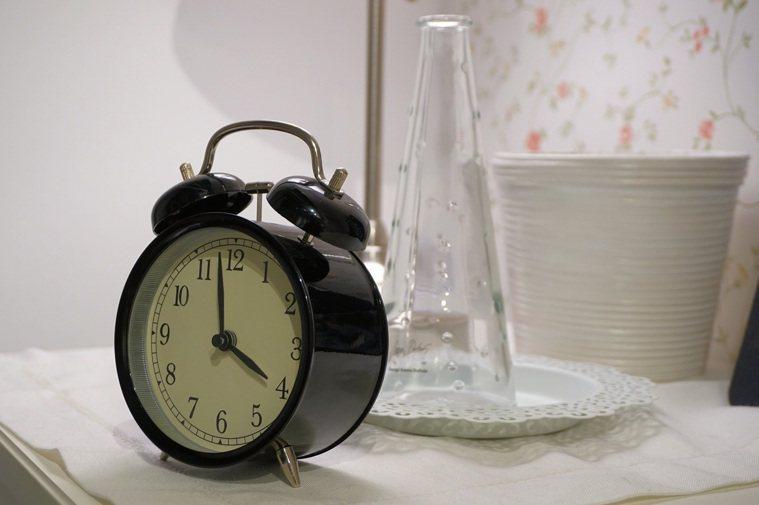 睡眠不是集點 不必湊滿8小時