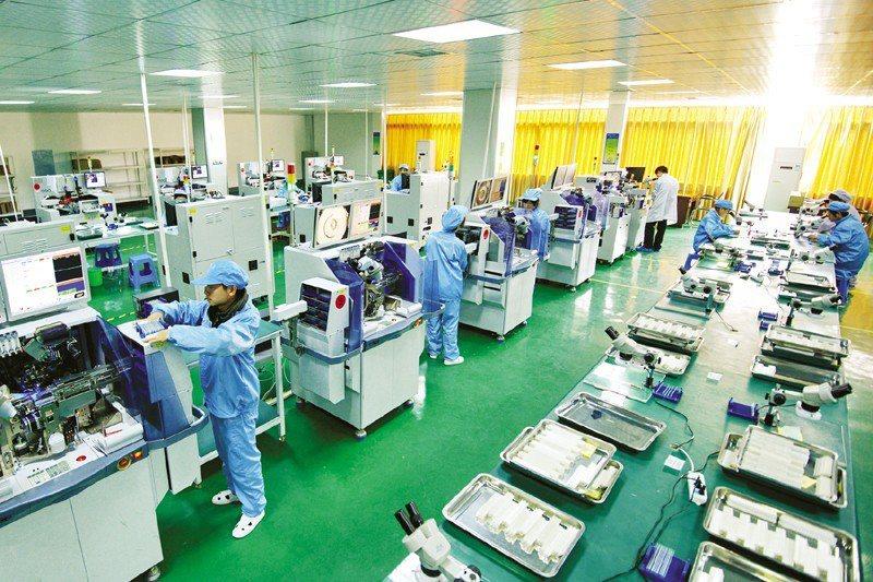 受缺料、缺工影響,印刷電路板(PCB)、DRAM、面板三大電子業關鍵零組件淡季報...