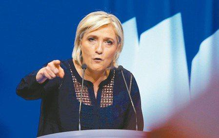 法國大選起跑,共十一人參選。極右派「民族陣線」黨魁雷朋將闖進決選。 路透