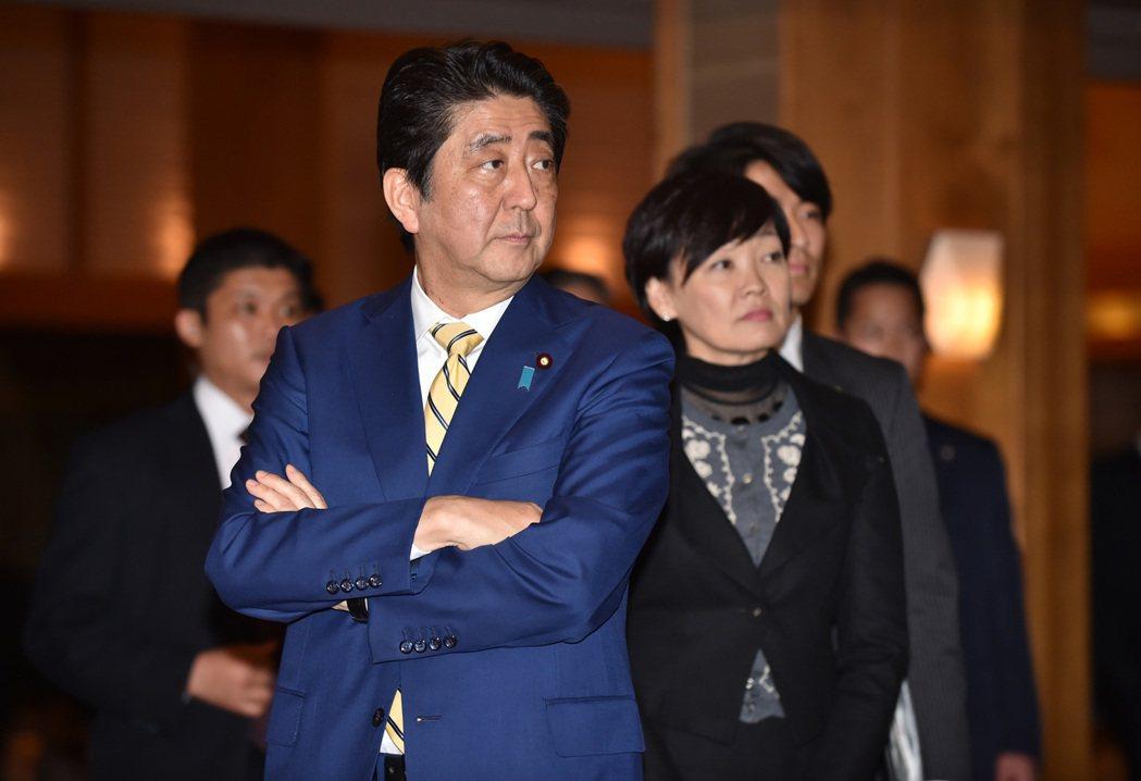 日本首相安倍晉三及夫人安倍昭惠。歐新社
