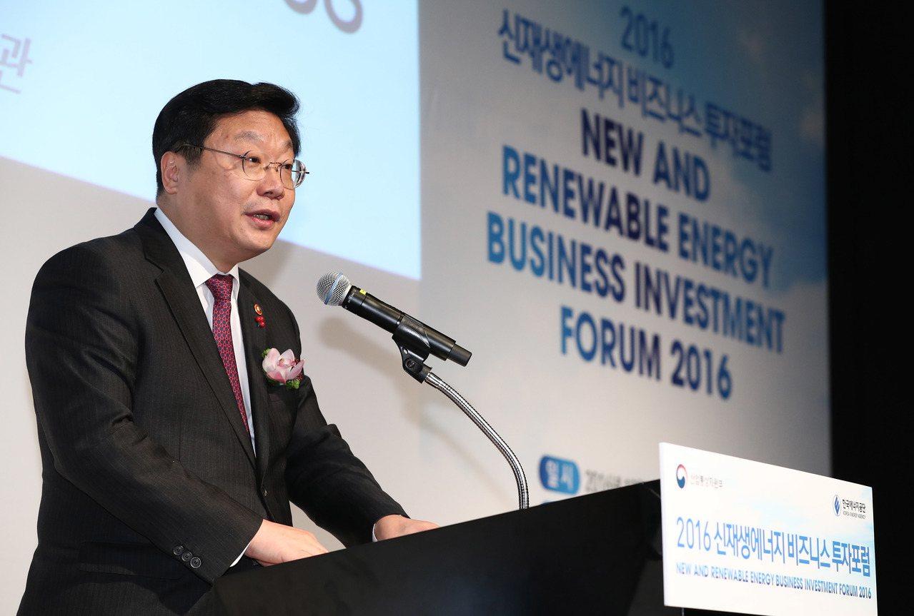 南韓產業通商資源部長官周亨煥。歐新社