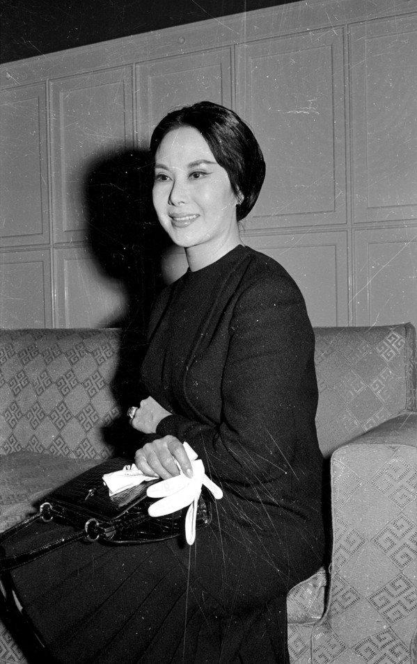 素有「影壇長青樹」、「天王巨星」美名的傳奇演員李麗華逝世,享壽93歲。圖為民國5