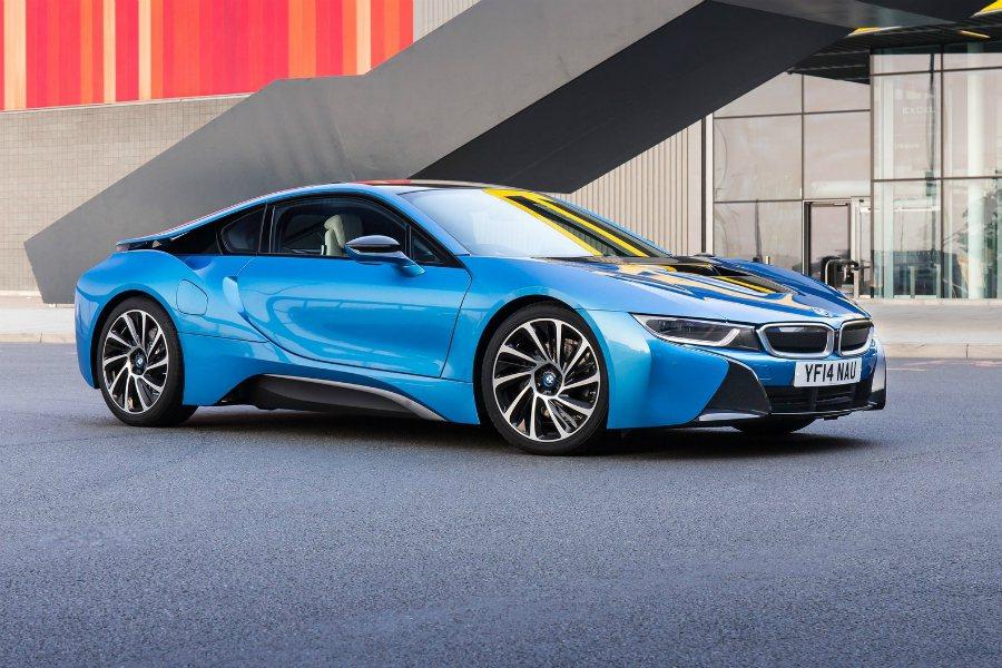 外傳 BMW 將會對下一代 i8 進行大改款,並徹底提升性能表現。圖為 BMW i8。 摘自 BMW
