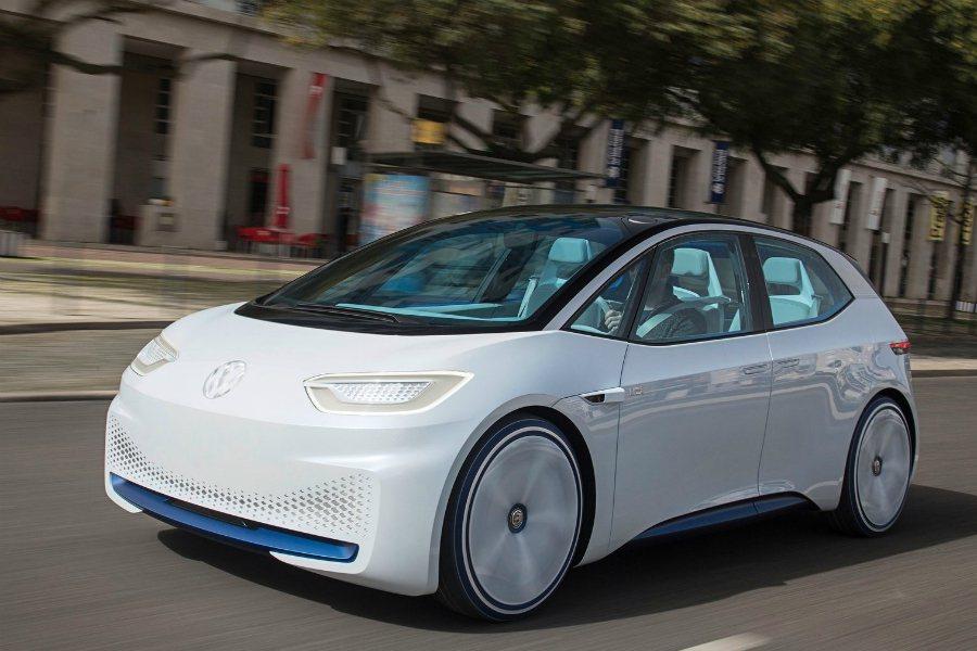 Audi 執行長 Rupert Stadler 於日內瓦車展告知外媒〈Auto Express〉,在 Audi 發表電動休旅的相近時間點,Audi 也會推出一款類似同集團 Volkswagen I.D. 的緊湊型電動車。圖為 Volkswagen I.D。 摘自 Volkswagen