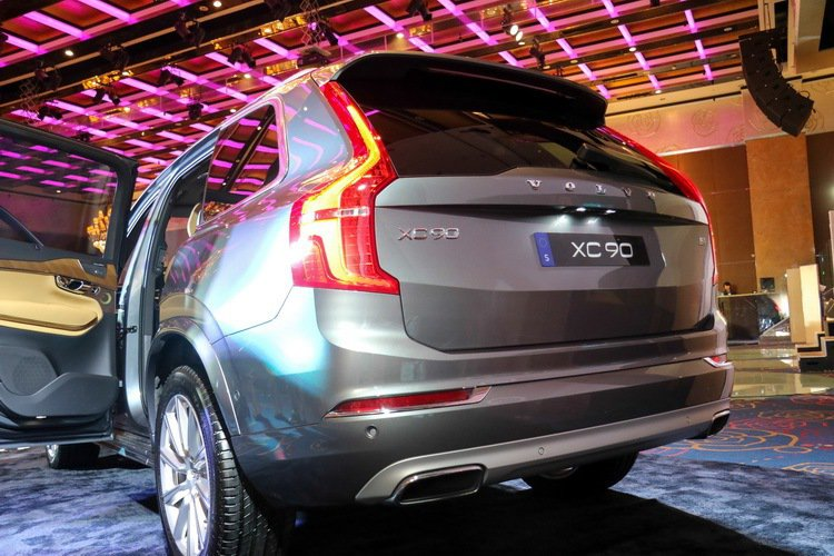 Volvo XC90 T8 Inscription。 記者史榮恩/攝影