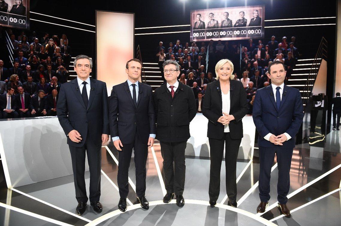 法國大選辯論,左起:費雍、馬克宏、梅朗雄、勒龐,與阿蒙。 圖/美聯社