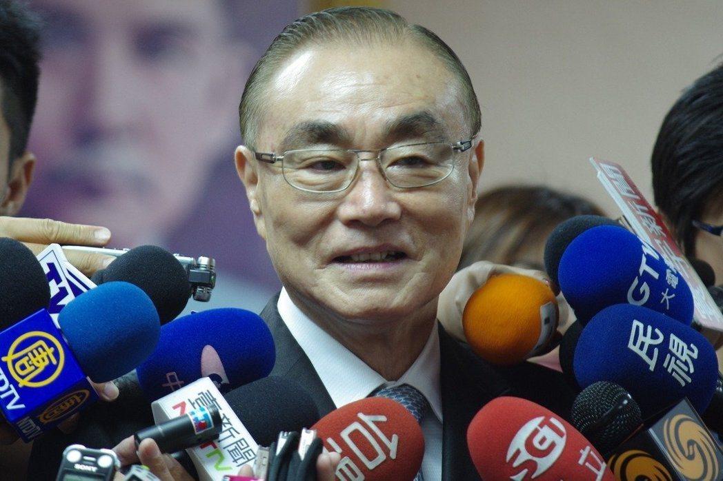 國防部長馮世寬說,重層嚇阻代表積極運用手段,不排除主動出擊。聯合報系資料照