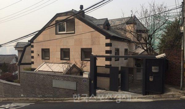 Rain去年買下的上億豪宅。圖/摘自韓國體育經濟