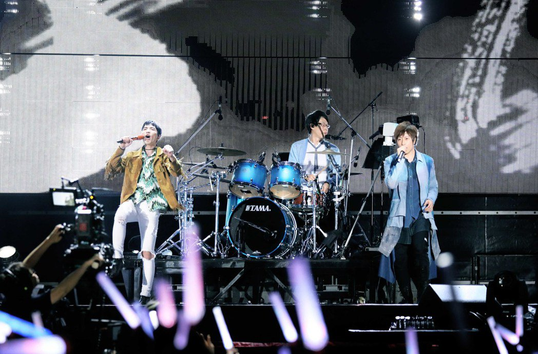 蕭敬騰擔任五月天20日演唱會嘉賓。圖/相信音樂提供