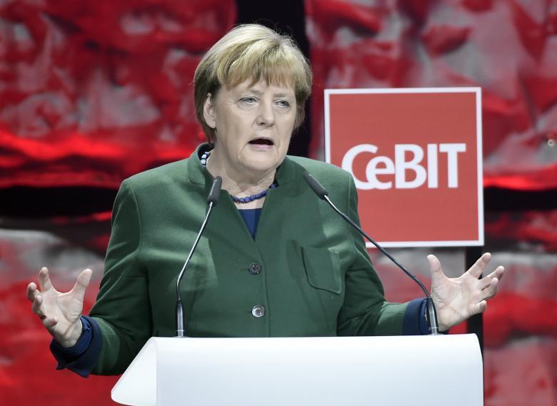 上周尷尬互動後 她盼在G7會議上跟川普商討貿易問題
