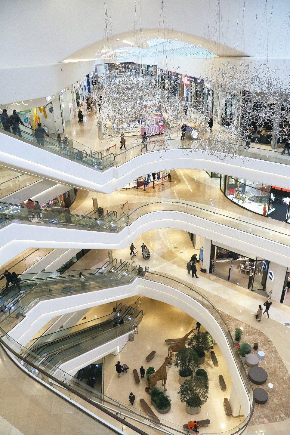 Starfield購物中心去年9月才開幕。 記者史榮恩/攝影