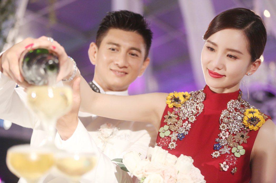吳奇隆(左)、劉詩詩。圖/稻草熊提供