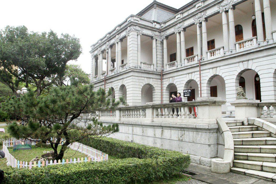 台北賓館和總統府、台銀、國史館是日本殖民時代建築,國民黨團建議一併轉型為博物館。...