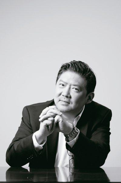 上海交響樂團音樂總監余隆曾受邀指揮費城交響樂團,是知名的指揮家。 圖/台北市文化...