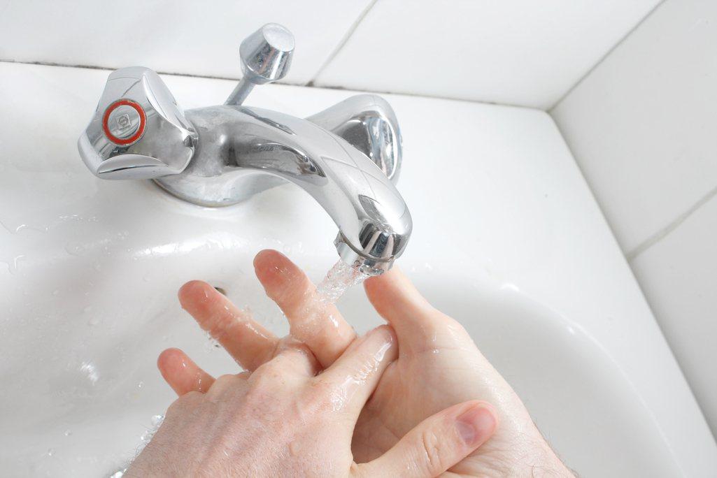 消毒洗手液百百款 對抗流感該買哪一種? 圖/Ingimage