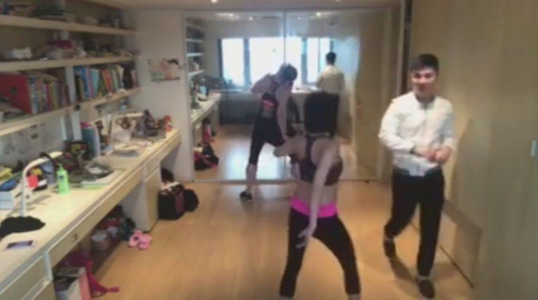 小S在家跳舞,老公突然出現。 圖/擷自小S臉書