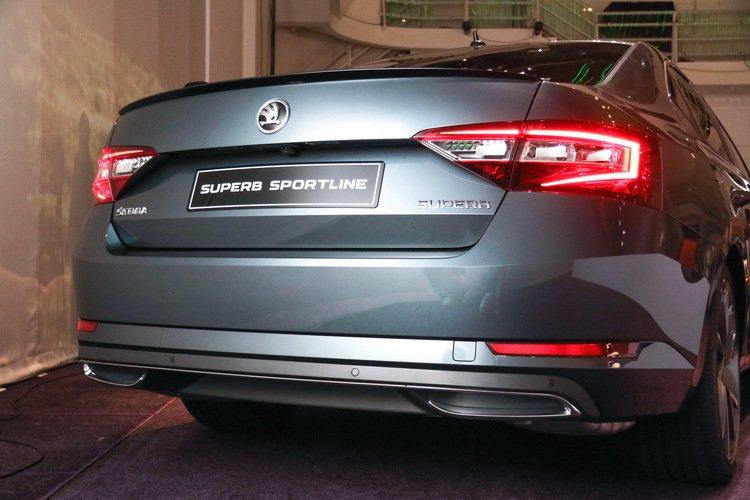 Skoda Superb Sportline(房車)。 記者史榮恩/攝影