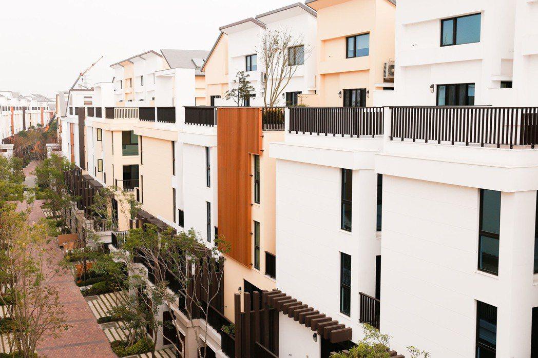 外觀建材採用德國百大企業的STO環保塗料。 攝影/張世雅