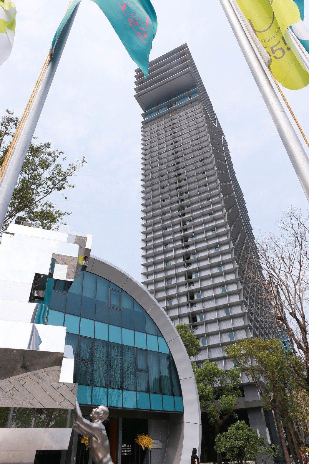 高雄指標豪宅「高雄HH」設計及施工歷時六年。 攝影/張世雅