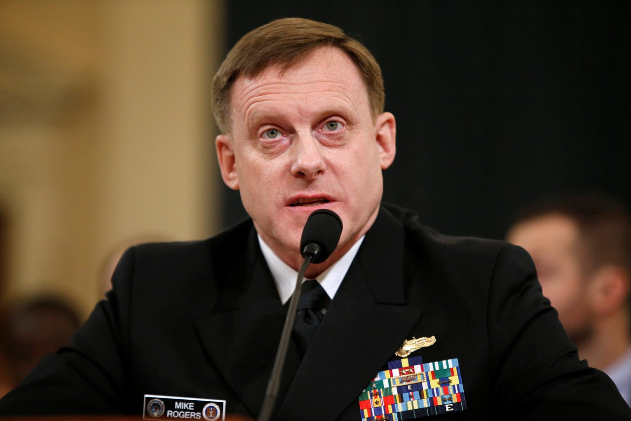 美國國安局長羅傑斯20日於國會作證時,否認國安局要求英國監聽部門協助竊聽川普。(...