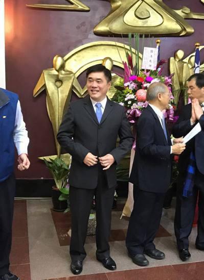 前台北市長郝龍斌上午參加國民黨新北市議會黨團幹部交接典禮。記者陳珮琦/攝影
