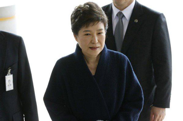朴槿惠被調查 創韓總統受訊問最長時間