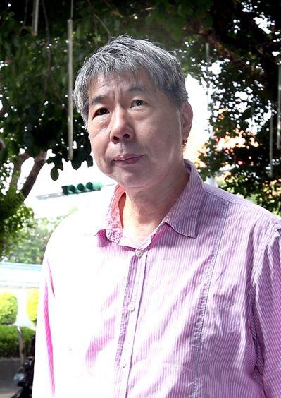 孫文學校總校長張亞中強調,舉辦講座評價馬英九,沒有一絲絲清算的念頭,只有一個最卑...