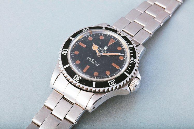 勞力士型號5513 Submariner腕錶,在007第8集《生死關頭》中的改造...