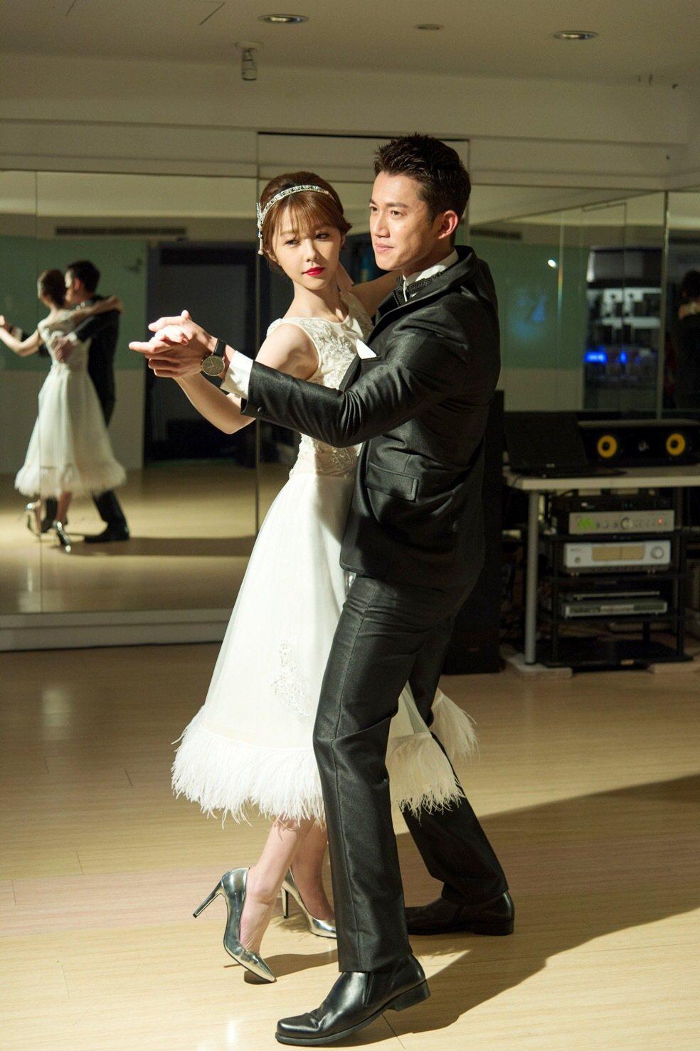 邵雨薇和吳慷仁跳舞。圖/三立提供