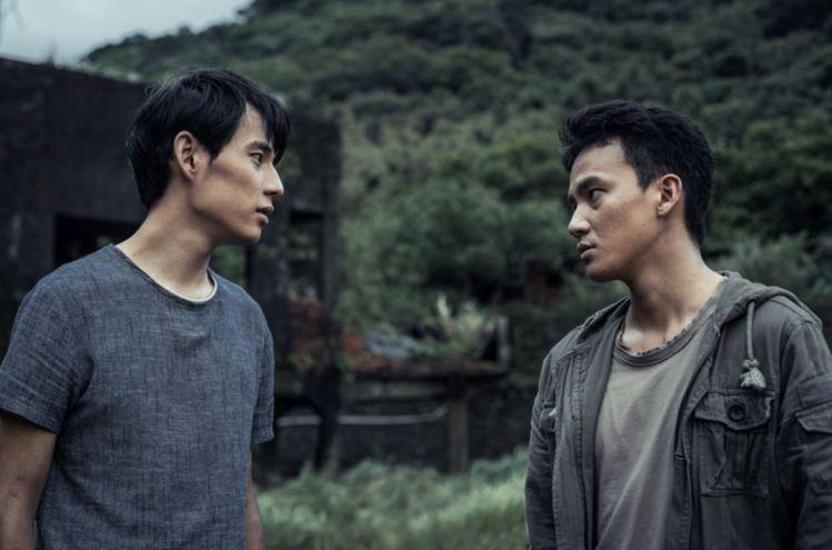 曹晏豪(右)、徐鈞浩在「天黑請閉眼」中男男組合是一大吸睛焦點。圖/好風光提供