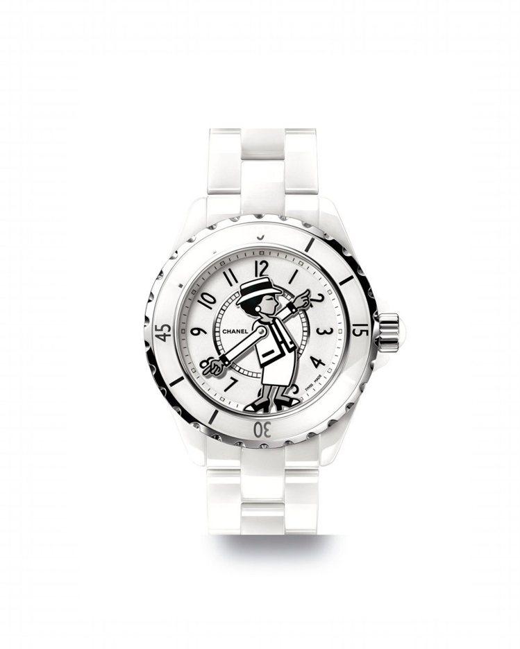 Mademoiselle J12腕表的表盤中心有香奈兒女士的肖像,是今年話題款。...