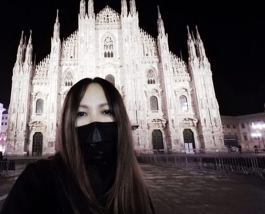 阿妹在米蘭開唱,順道參觀米蘭大教堂。圖/摘自阿妹臉書