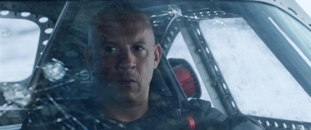 馮迪索演出「玩命關頭8」即將再度挑戰動作片新極限。圖/環球提供