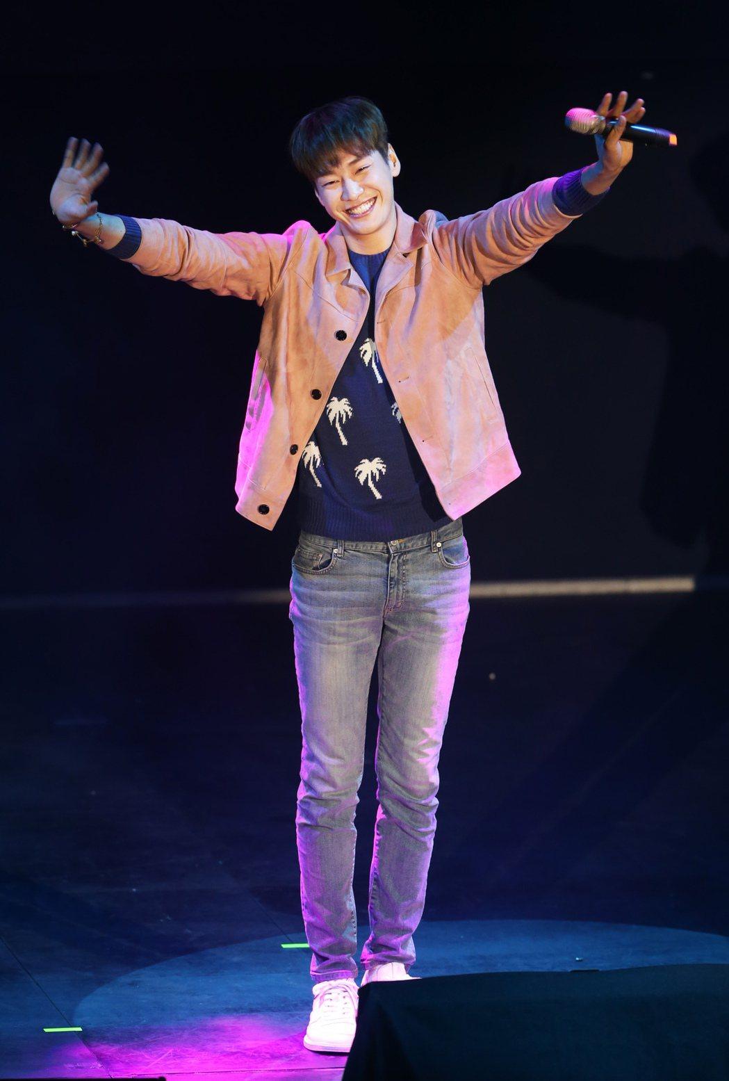 韓星金英光今晚首度在台北會粉絲。記者徐兆玄/攝影