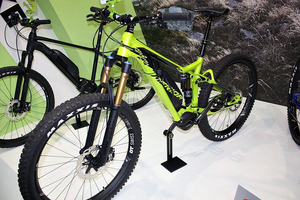 e160 900E電動全避震越野登山車操控性敏捷、越野性能更佳。 記者林和謙/攝影