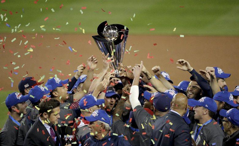 歷經四屆、長達十一年,美國隊終於在世界棒球經典賽(WBC)奪冠。 圖/美聯社