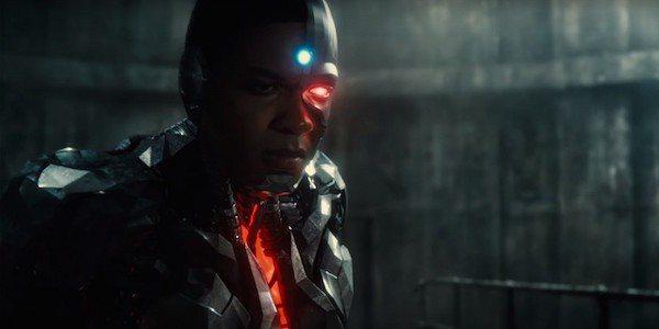 「鋼骨」在電影「正義聯盟」當中將有多場關鍵戲。圖/翻攝自Youtube