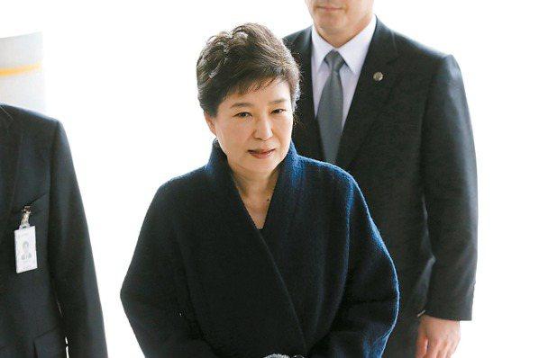 檢申請抓她 朴槿惠逮捕令進法院
