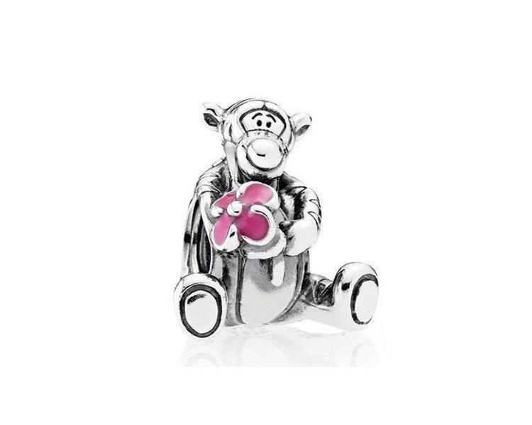 迪士尼跳跳虎琺瑯925銀串飾,2,180元。圖/PANDORA提供
