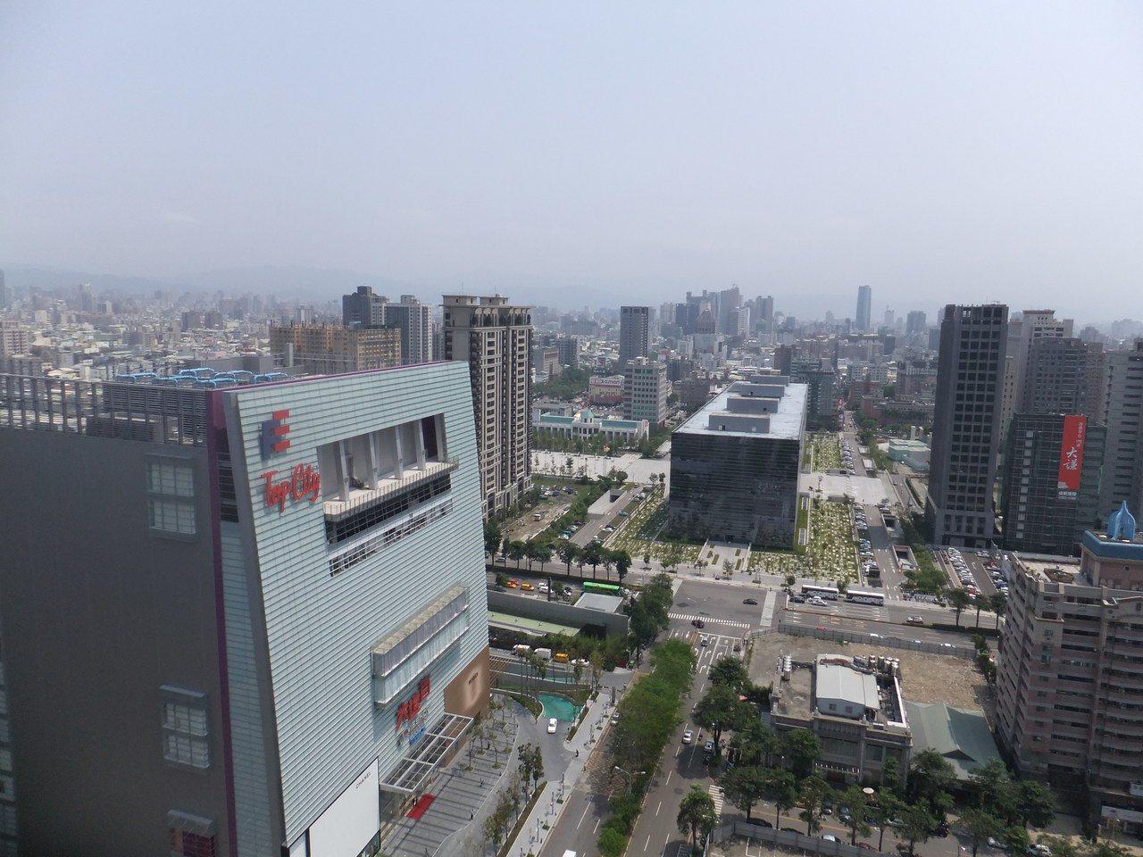 商仲業統計,今年第一季全台土地交易達189億元,較去年同期大增五成。記者游智文/...