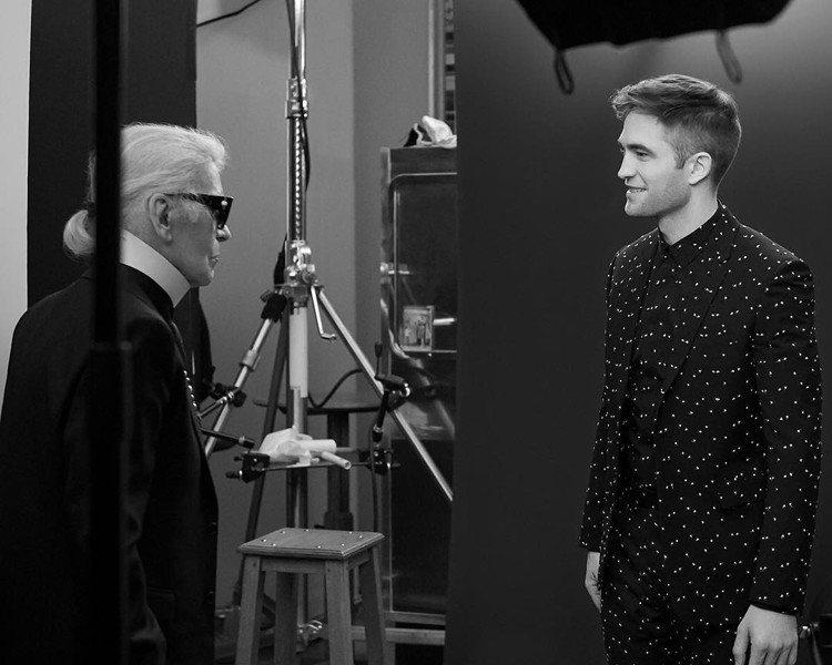羅伯帕汀森拍攝DIOR HOMME Black Carpet 2017秋季系列的...