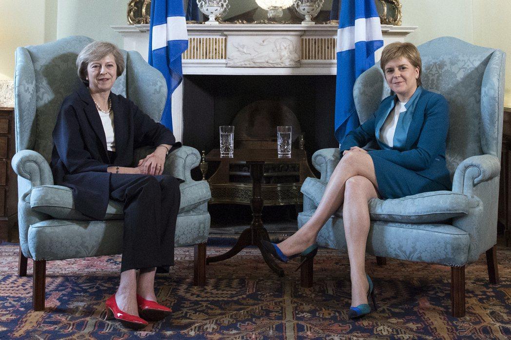 蘇格蘭與英格蘭的隔閡因脫歐爭議而更加深化,雙方至今皆不肯相互退讓。  圖/法...