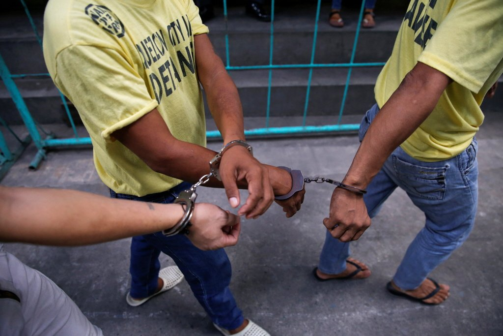 很多國家的毒品政策都先把用藥者描述成社會米蟲或道德敗壞者,再進一步否定他們具有「...
