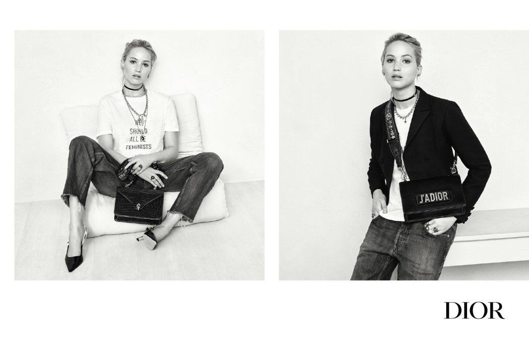 率性的坐姿還不失優雅,襯出現代女性的自信特質。圖/DIOR提供