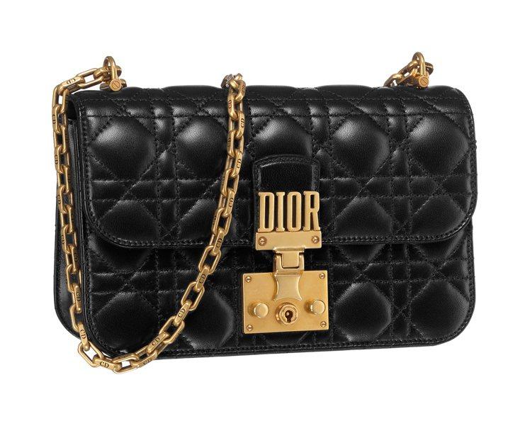 Dior Addict包款,價格店洽。圖/DIOR提供