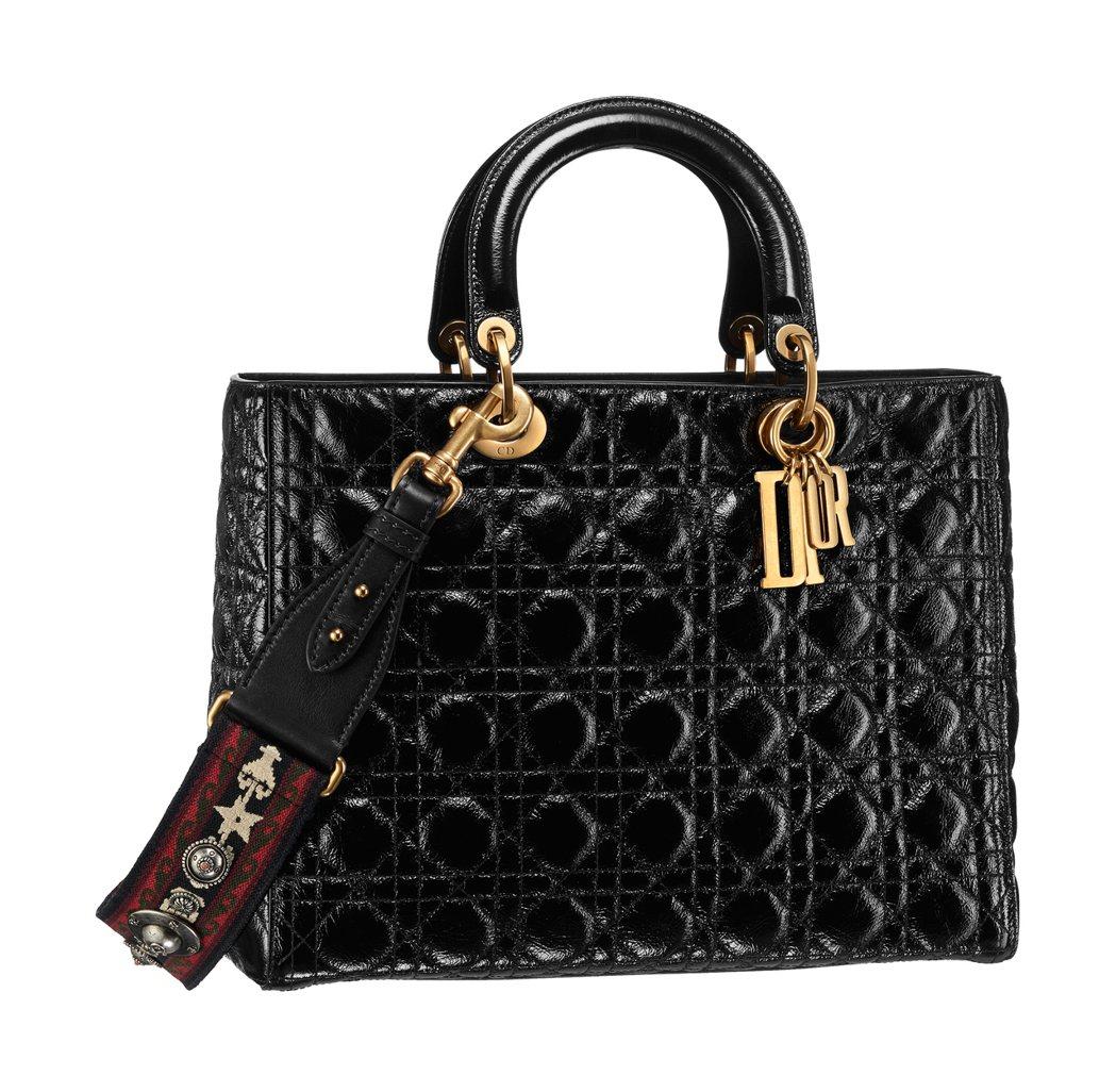 Lady Dior包款,價格店洽。圖/DIOR提供