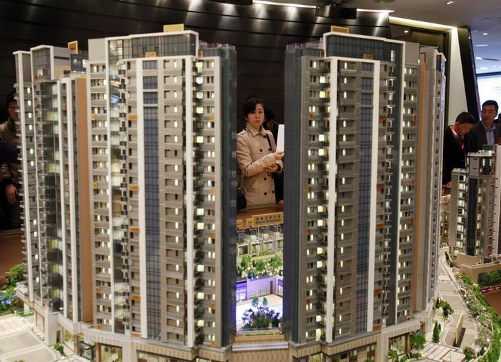 香港住宅房價去年11月突破2015年9月的歷史高位後,升勢尚未停歇。路透