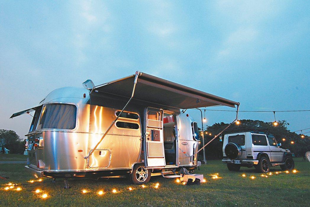 Airstream頂級露營車International 534,擁有鋁合金復古外...