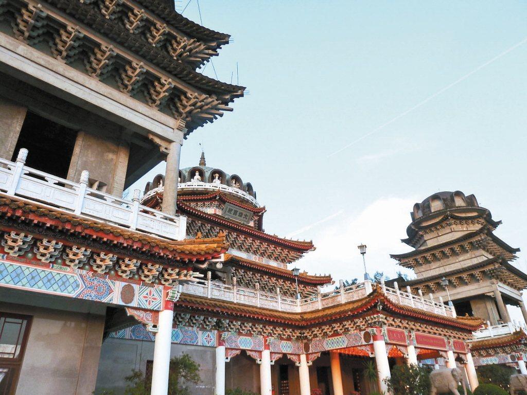 指南宮大雄寶殿興建工程歷經十餘年,至今仍未完工。記者周志豪/攝影